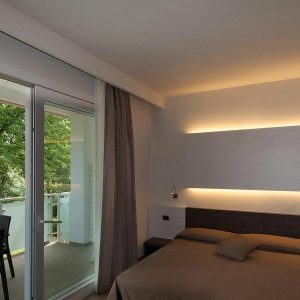 08-Aparthotel-on-the-Adriatic-sea