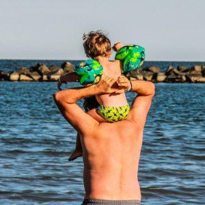 17 Spiaggia-padre-bambino-Gallanti